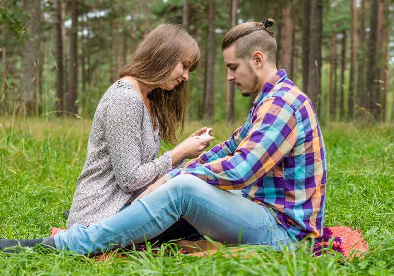 6e4645c0069 ... teatud päevadel tsüklist: tõeline viljastumine saab toimuda vaid  ovulatsiooni päeval, kuid tõenäosus rasestumiseks on ka viiel päeval enne  ovulatsiooni.